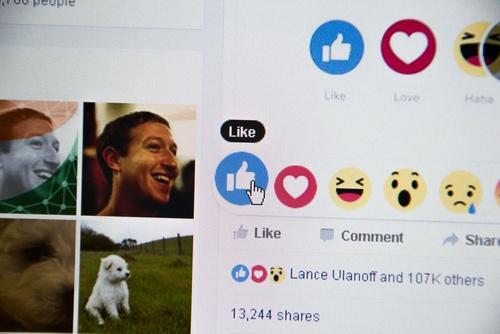 Mark Zuckerberg Facebook 2017