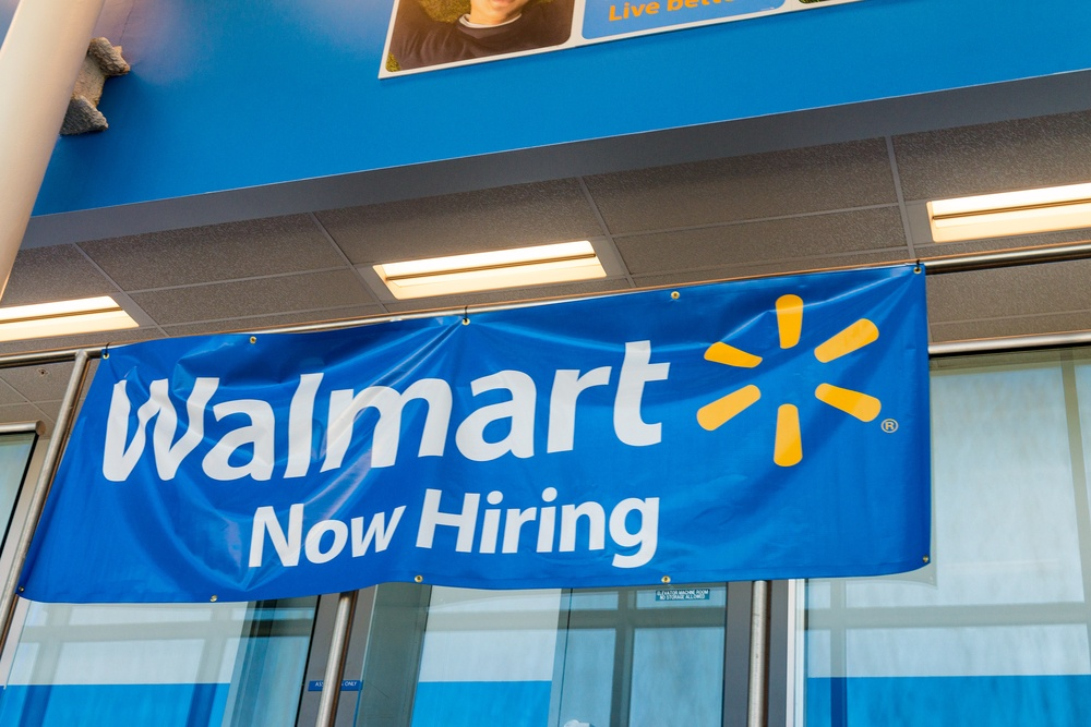 Walmart to add 10000 jobs this year